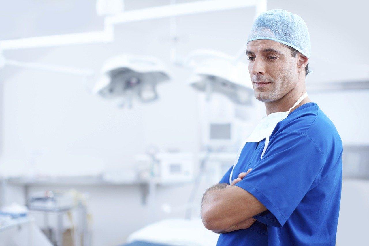 歯科医院経営難の真の原因とは?歯医者は起業家を目指すべきだった!