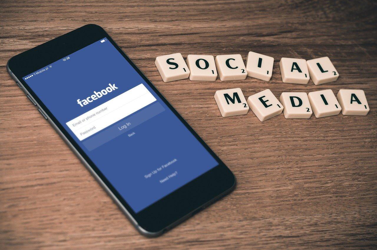 Facebookの収益構造とビジネスモデルを徹底解説